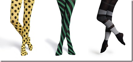 Tendencias moda mujer: Topos, rayas, barras y estrellas: juego de piernas en las medias de Happy Socks