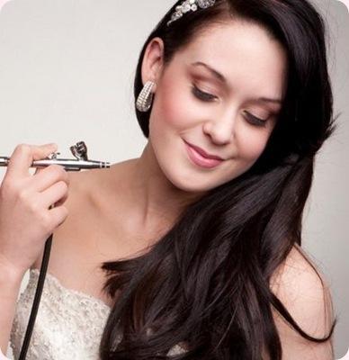 Tendencias belleza mujer: Maquillaje con aerógrafo